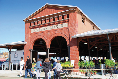 detroits historic eastern market - 500×334
