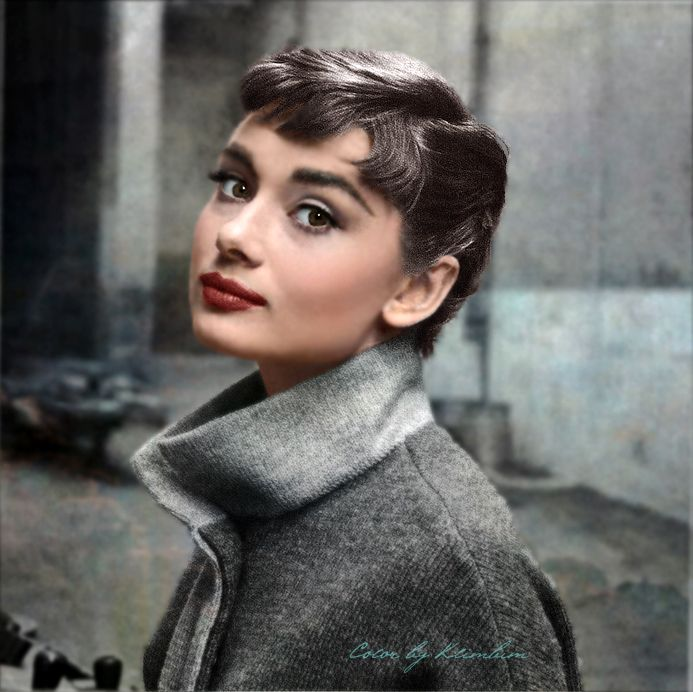 my beauty is inspired by audrey hepburn melissa divietri. Black Bedroom Furniture Sets. Home Design Ideas