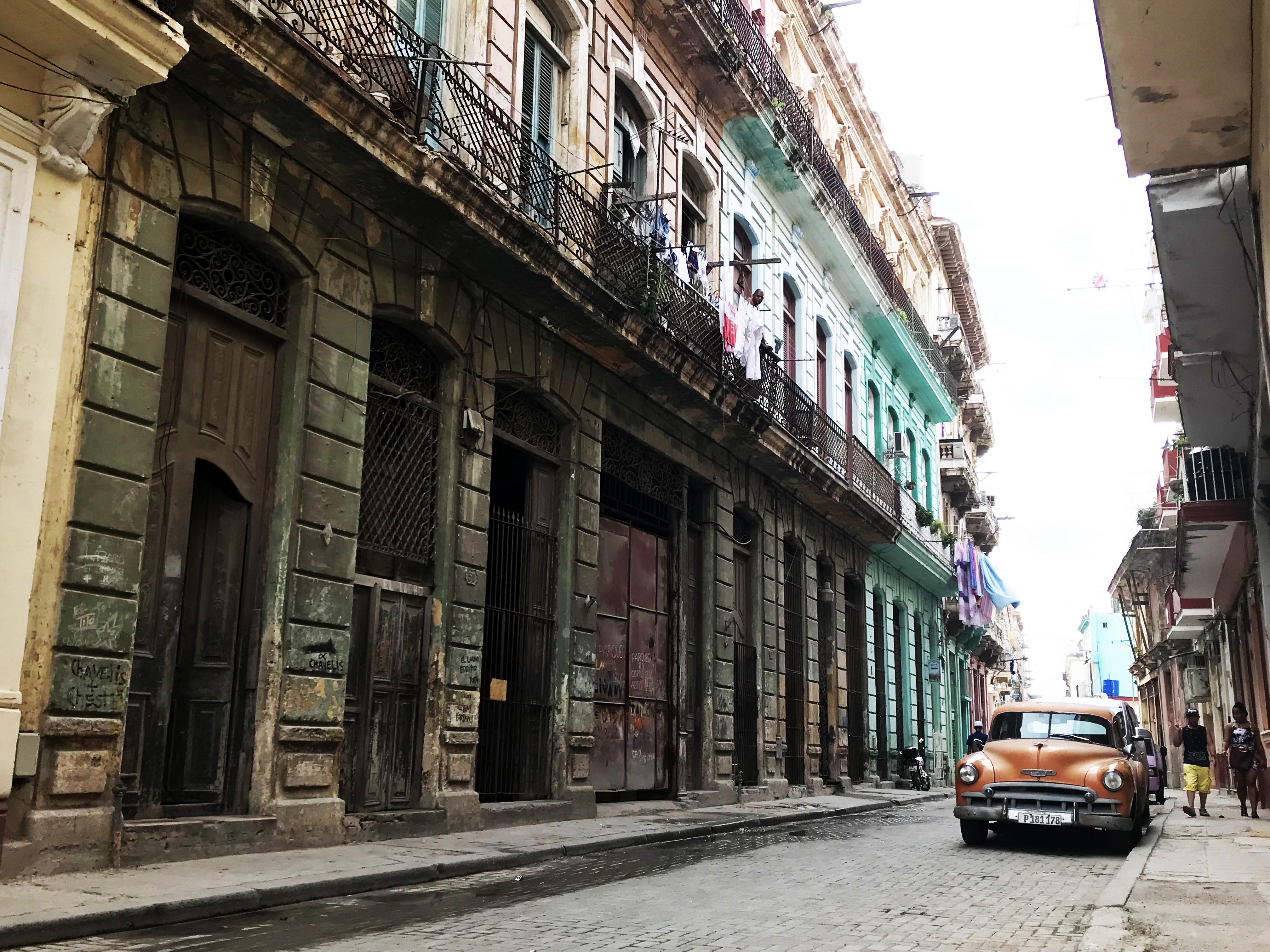 classic cuban car havana